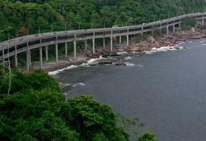 O Elevado do Joá, onde radares começam a fiscalizar a velocidade de 60 km/h Foto: Pedro Kirilos / Agência O Globo