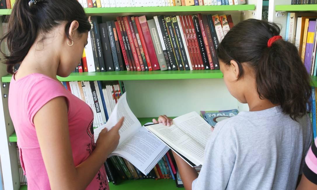 Uma em cada 10 crianças apresenta dislexia e dificuldade em leitura Foto: Laura Marques / Agência O Globo