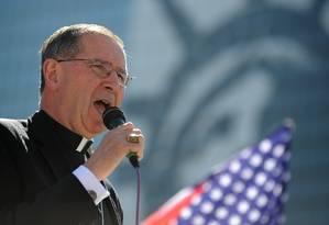 Roger Mahony estará no conclave apesar de estar sendo investigado por ter acobertado 129 casos de abuso sexual Foto: AFP