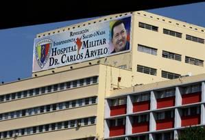 Fachada do hospital Carlos Arvelo onde Chávez está internado em Caracas, capital da Venezuela Foto: Fernando Llano / AP