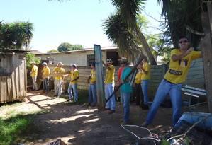 Estudantes do trote social vencedor do ano passado reformam casa de moradores Foto: Divulgação