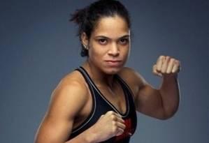 Amanda Nunes é a primeira brasileira contratada para o elenco feminino do UFC Foto: Reprodução do Twitter