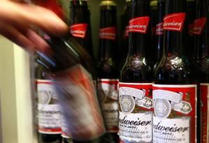 Americanos reclamam de água na cerveja de marcas como Budweiser Foto: Chris Ratcliffe/Bloomberg News