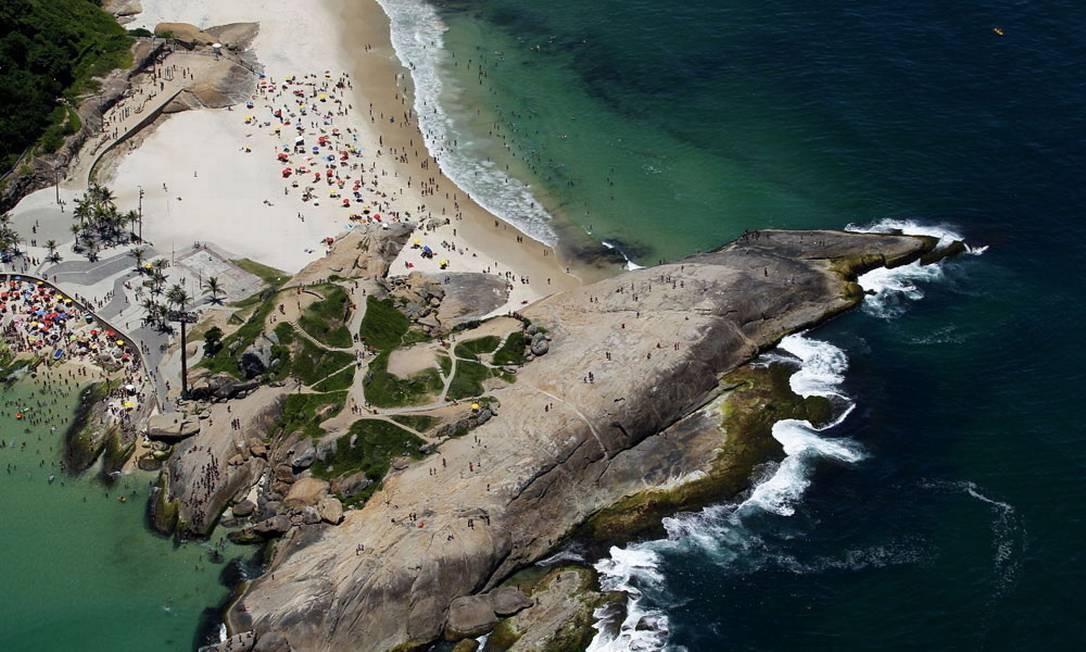Vista aérea do Arpoador Foto: Custodio Coimbra / O Globo