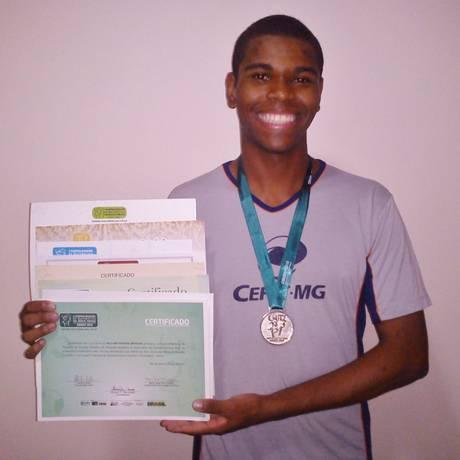 William Teixeira, aluno premiado com medalha na Olimpíada de Matemática Foto: Arquivo pessoal