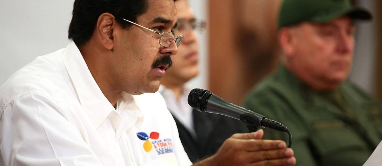 O vice-presidente Nicolás Maduro em anúncio sobre Hugo Chávez nesta terça-feira Foto: HO / AFP