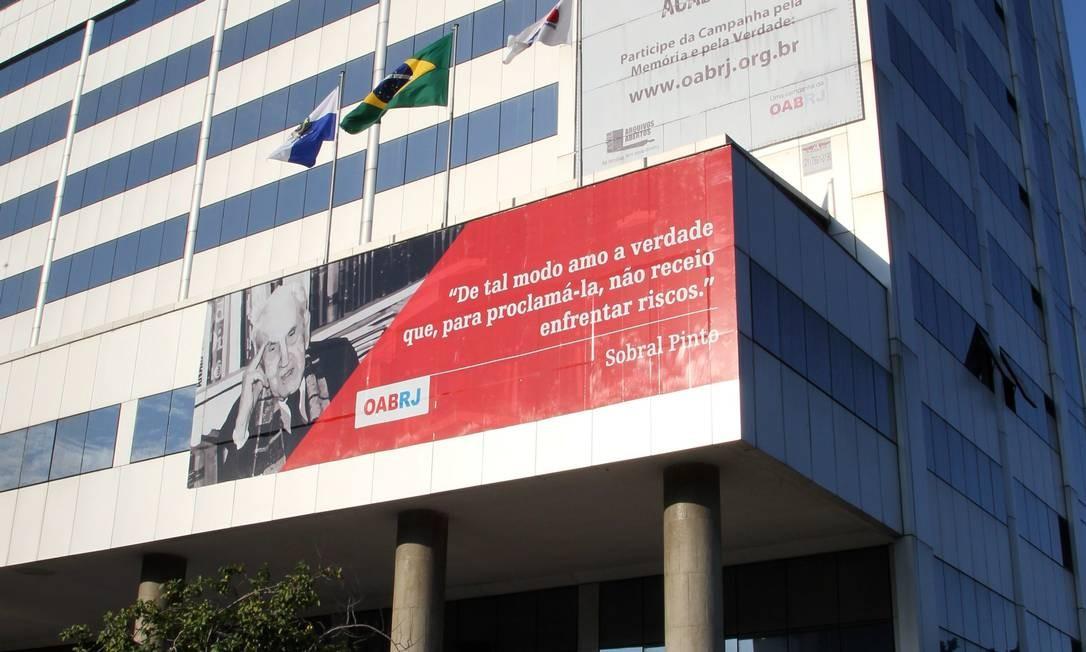 O prédio da Ordem dos Advogados do Brasil (OAB), no Centro Foto: Carlos Ivan / Agência O Globo
