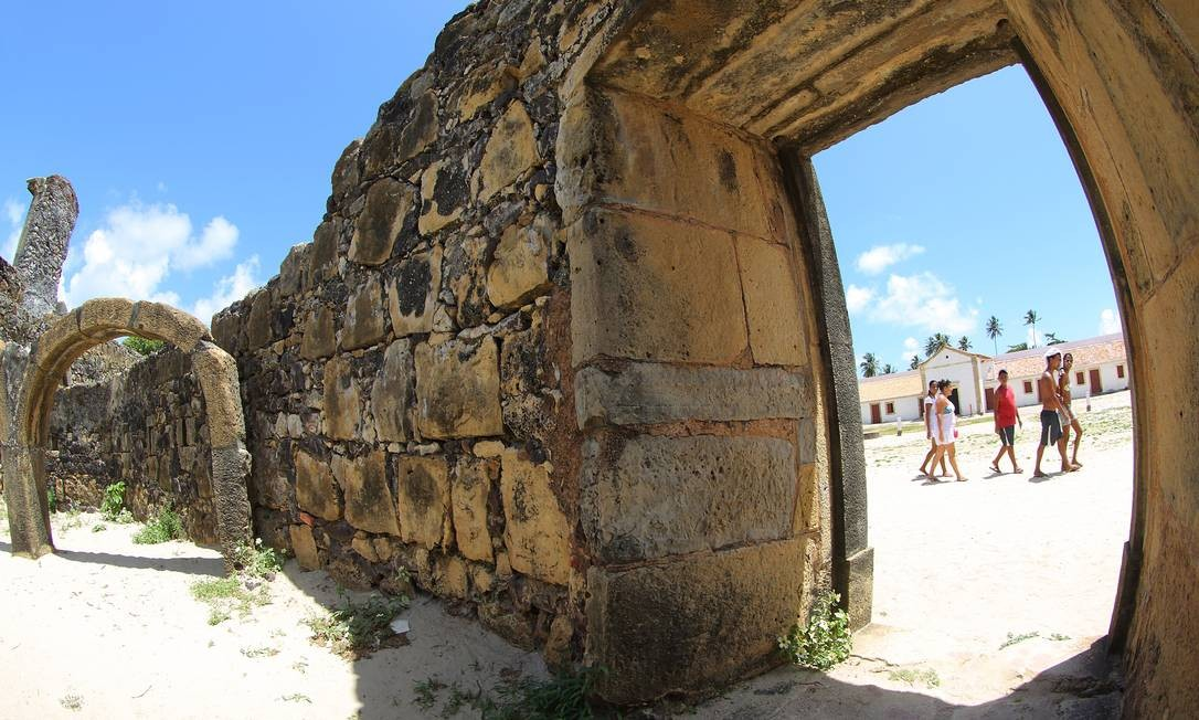 Apesar de ter sido construído pelos holandeses, o Forte Orange foi conquistado pelos portugueses em 1696. A construção passou por diversas modificações e hoje praticamente não tem mais vestígios da arquitetura flamenga. Foto: Hans von Manteuffel / O Globo