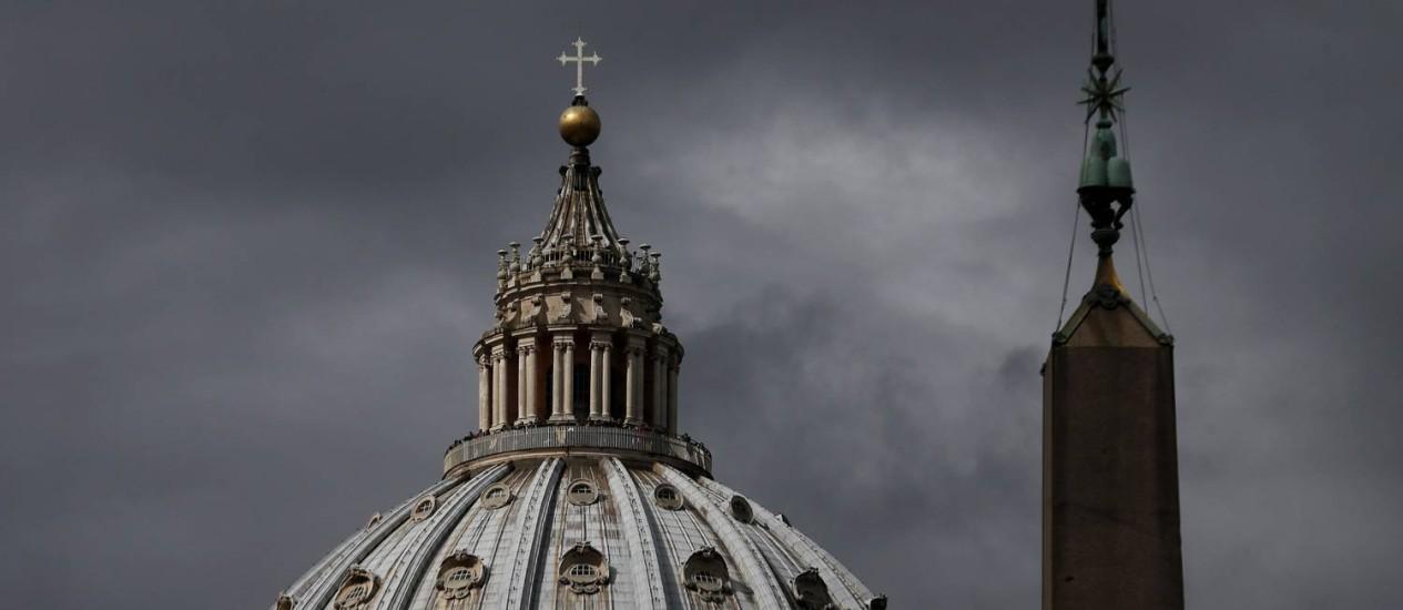 A basílica de São Pedro, em Roma Foto: CHRISTIAN HARTMANN / REUTERS