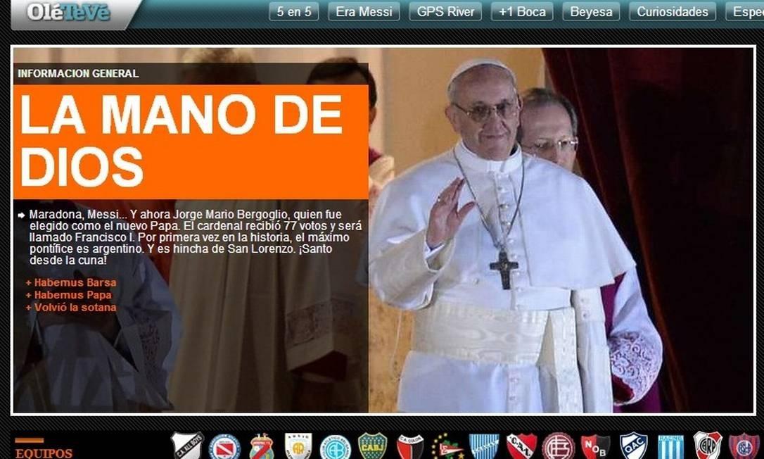 """Capa do site do jornal argentino """"Olé"""": """"A mão de Deus"""", em referência a Maradona Foto: REPRODUÇÃO"""
