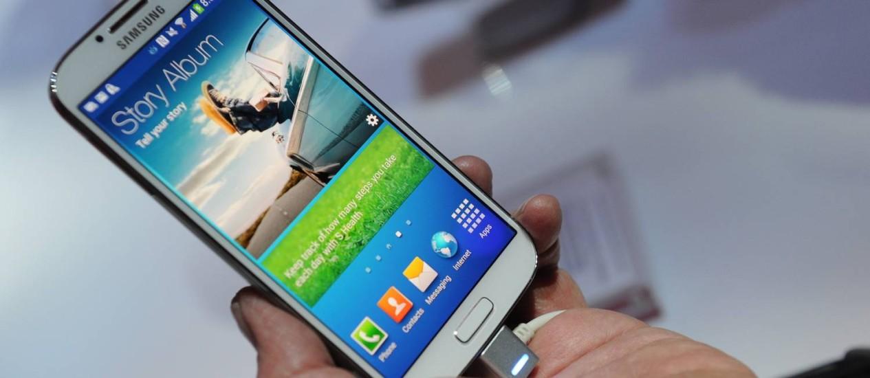 Avaliação mostra que o S4 é de longe o smartphone mais rápido do mercado Foto: AFP