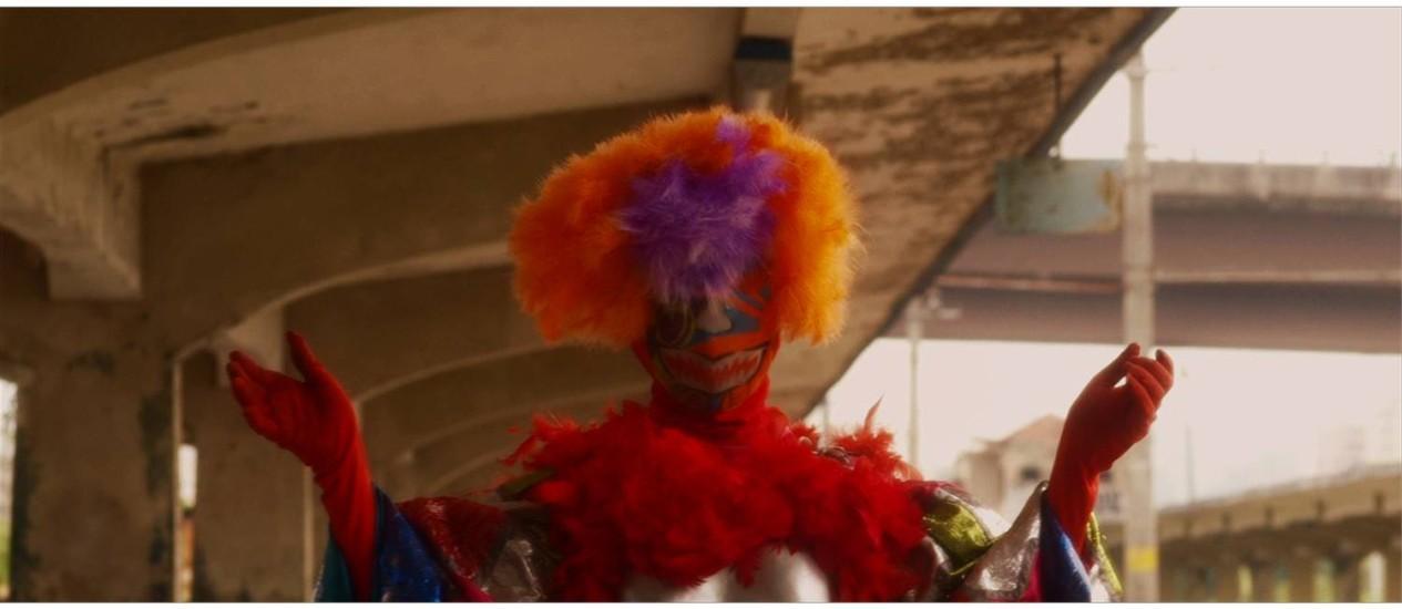 Cena do primeiro episódio de CLAUN mostra um bate-bola Foto: Reprodução