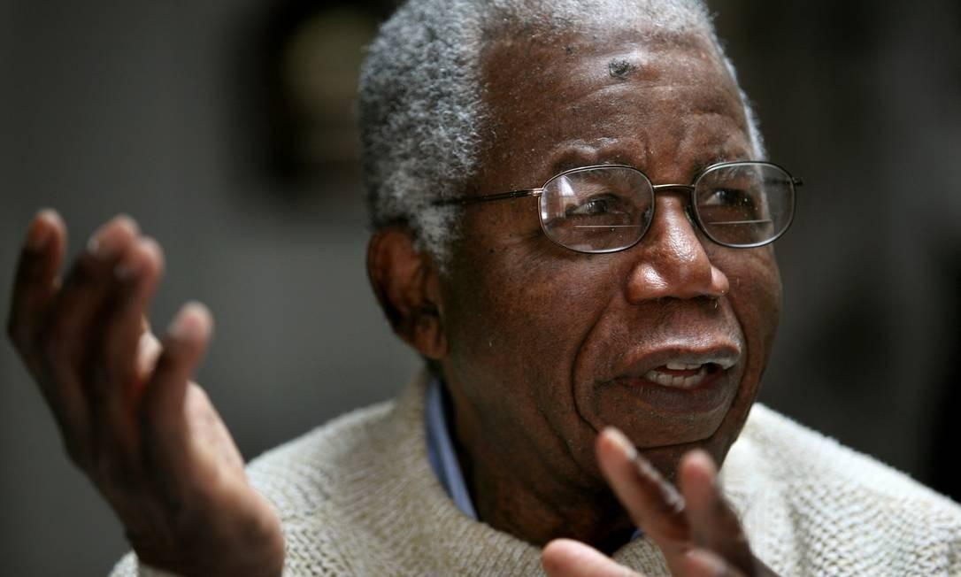 https://oglobo.globo.com/cultura/morre-aos-82-anos-chinua-achebe-pai-da-literatura-moderna-africana-7917459