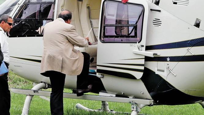 Pezão embarca para mais um compromisso no estado, representando o governador Sergio Cabral Foto: Fabio Rossi/21-3-2013