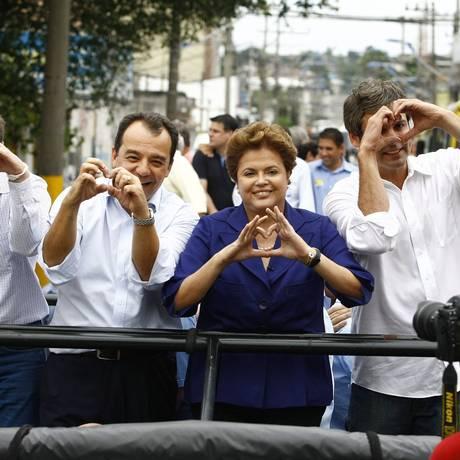 Acabou o amor. Aliança política entre Cabral e Lindbergh em 2010 não deve se repetir em 2014 Foto: Pablo Jacob / Arquivo O Globo