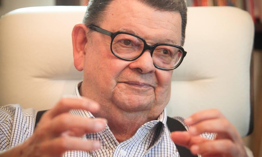 """Inclusão social. Delfim Netto diz Brasil vive """"processo civilizatório"""" Foto: Marcos Alves/Agência O Globo"""