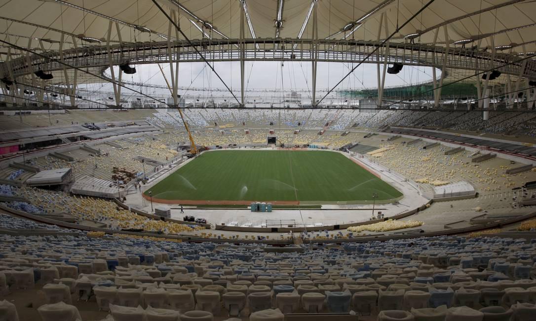 Parte da cobertura também já instalada Foto: Marcos Tristão / Agência O Globo