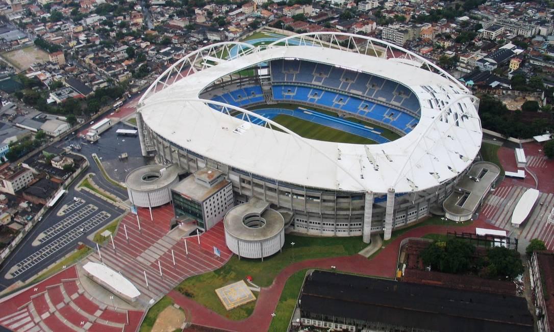 Vista aérea do estádio João Havelange (Engenhão), na véspera da inauguração Foto: Genilson Araújo