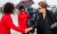 Dilma Rousseff, na chegada a Durban, na África do Sul, para reunião dos Brics