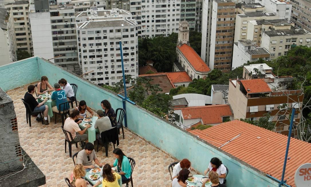 Almoço nas comunidades: roteiro está no Guia Gastronômico das Favelas do Rio Foto: Marcos Pinto/Divulgação