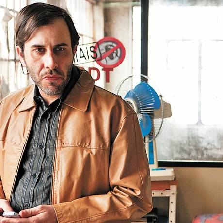 Suspeito. Danilo Grangheia é Fortunato, dono de uma dedetizadora e chefe do personagem-título Foto: Divulgação