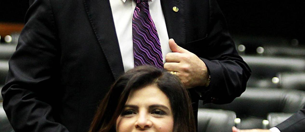 Deputada Antônia Lucia (PSC-AC) com Marco Feliciano (PSC-SP) Foto: Ailton de Freitas / Agência O Globo