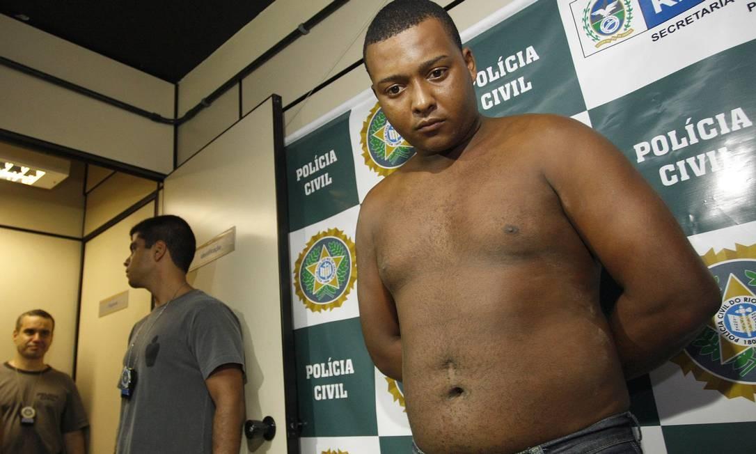 Preso mais um acusado de estuprar um turista em Copacabana. Carlos Armando Costa dos Santos, de 21 anos, foi detido em Itaboraí Foto: Márcio Alves / Agência O Globo