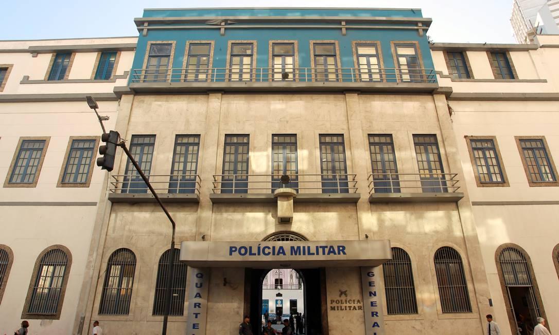 O Quartel General da PM, na rua Evaristo da Veiga, pode ser demolido até o final de abril Foto: Gabriel de Paiva / Agência O Globo