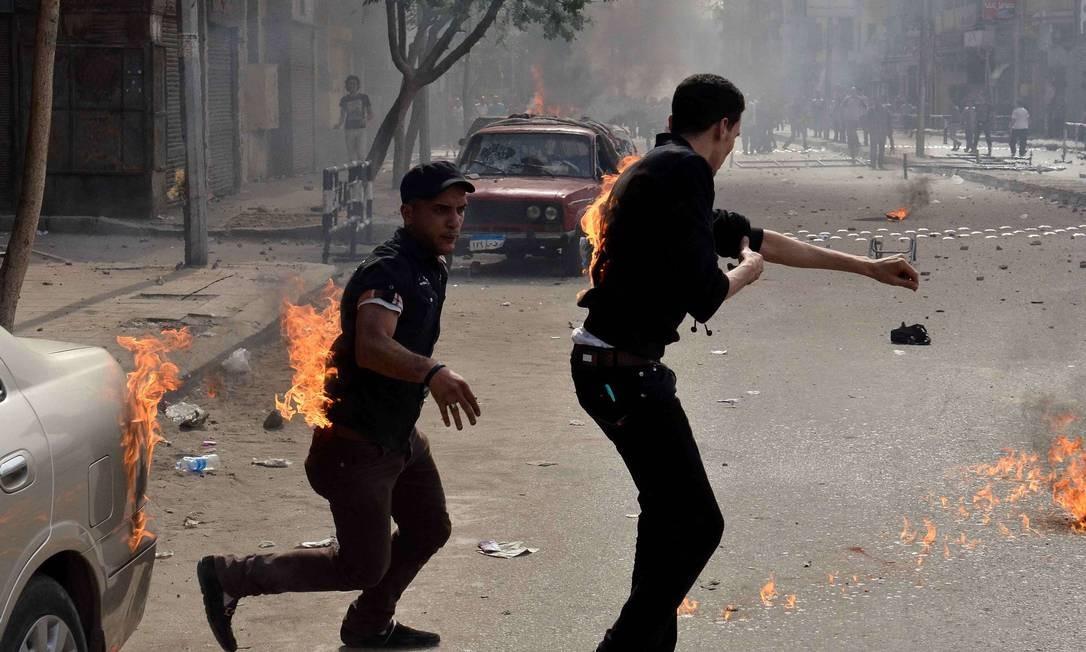 Confronto entre cristãos e muçulmanos deixa quatro mortos no Egito