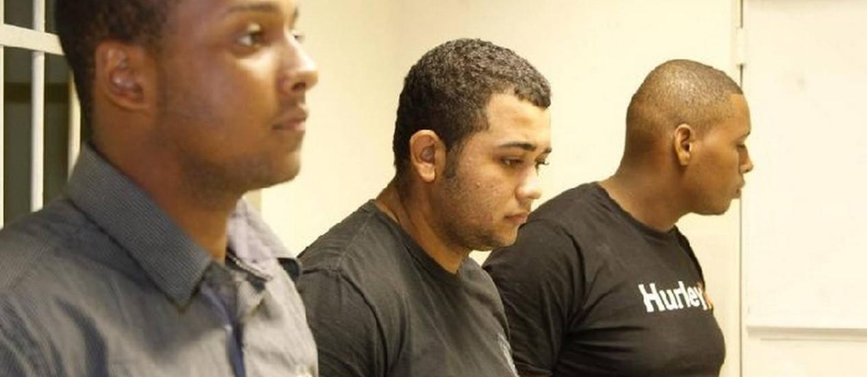 Criminosos. Carlos Armando, Jonathan e Walace, presos pelo ataque ao casal de estrangeiros em Copacabana Foto: Marcelo Carnaval / Agência O Globo