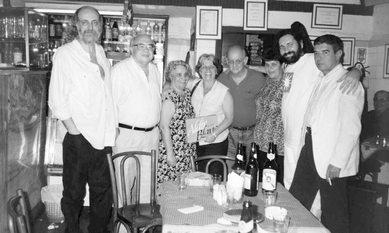 Junto com Luis Fernando Verissimo, Dona Maria, Lúcia Veríssimo, Jaguar, Adelaide,Moacyr Luz e Marco Aurélio Foto: Divulgação