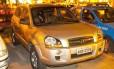 Os veículos recuperados pela polícia após arrastão no Alto da Boa Vista