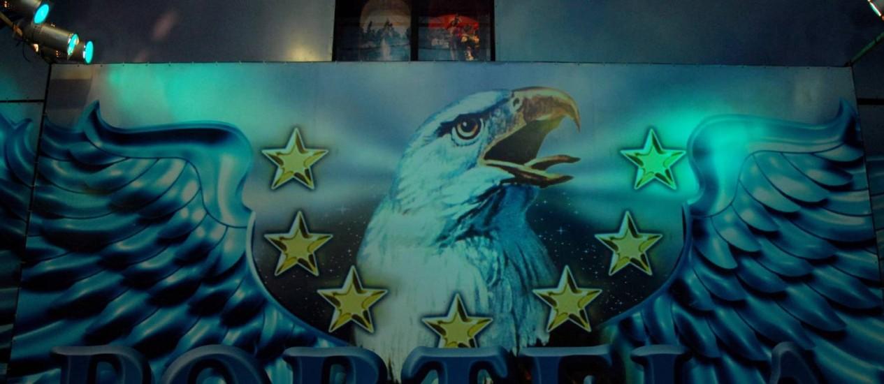 A águia, símbolo da Portela Foto: Freelancer / Agência O Globo