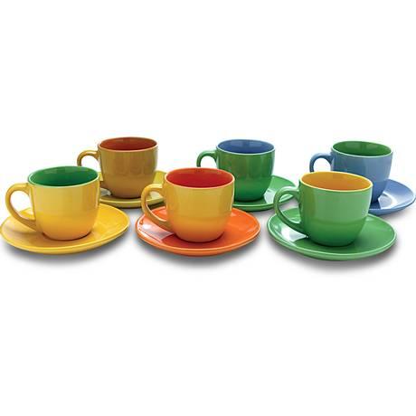 Conjunto de xícaras coloridas para tornar os encontros com amigos mais alegres. Da Americanas.com, por R$ 47,90 Foto: Divulgação