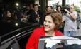 A então ministra Dilma Rousseff, em imagem de 2009, quando iniciou seu tratamento contra câncer linfático em São Paulo. A presidente usou rituximabe em seu tratamento