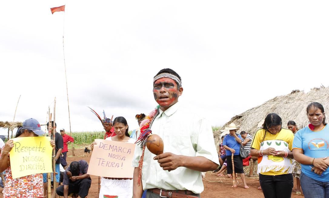 Índios da Terra Indígena Pindo Roky, no município de Caarapó, em Dourados (MS), estão ameaçados de despejo por uma liminar Michel Filho / Agência O Globo