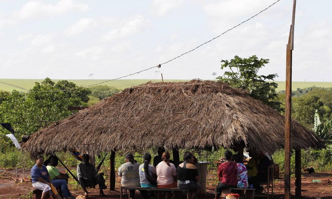 Índios na aldeia Passo Piraju Michel Filho / Agência O Globo