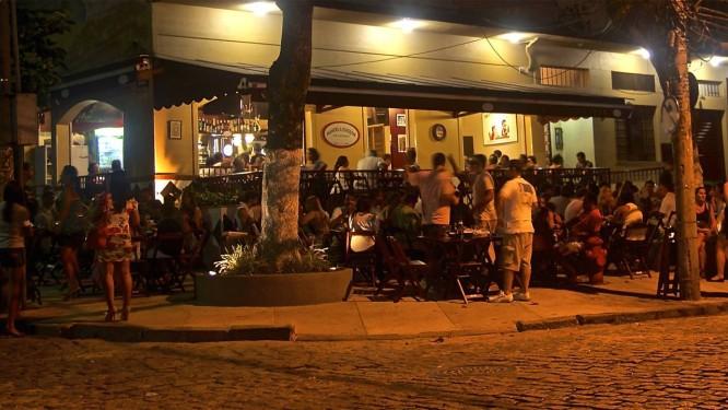 Aposta. O bar Manoel & Juaquim foi um dos primeiros a chegarem na Rua Araguaia, local considerado pela sócia Simone Tunipi como o mais charmoso de Jacarepaguá Foto: Terceiro / Divulgação