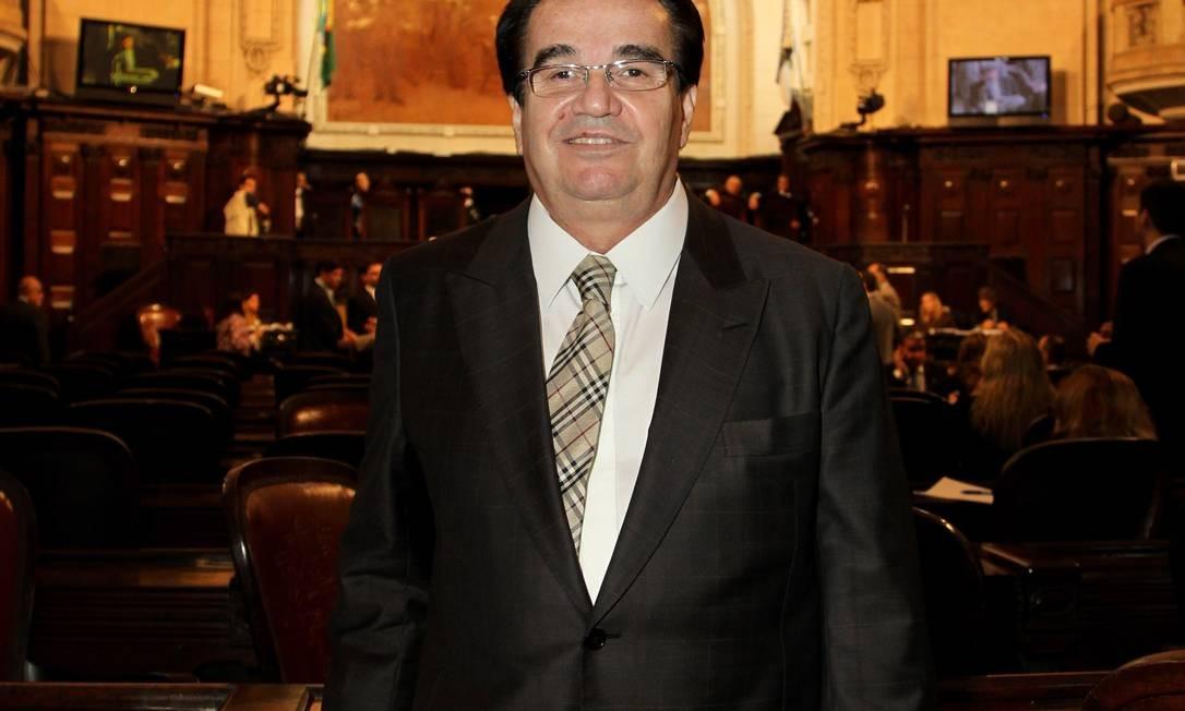 O deputado Édino Fonseca, na Alerj - Foto: Carlos Ivan / Agência O Globo