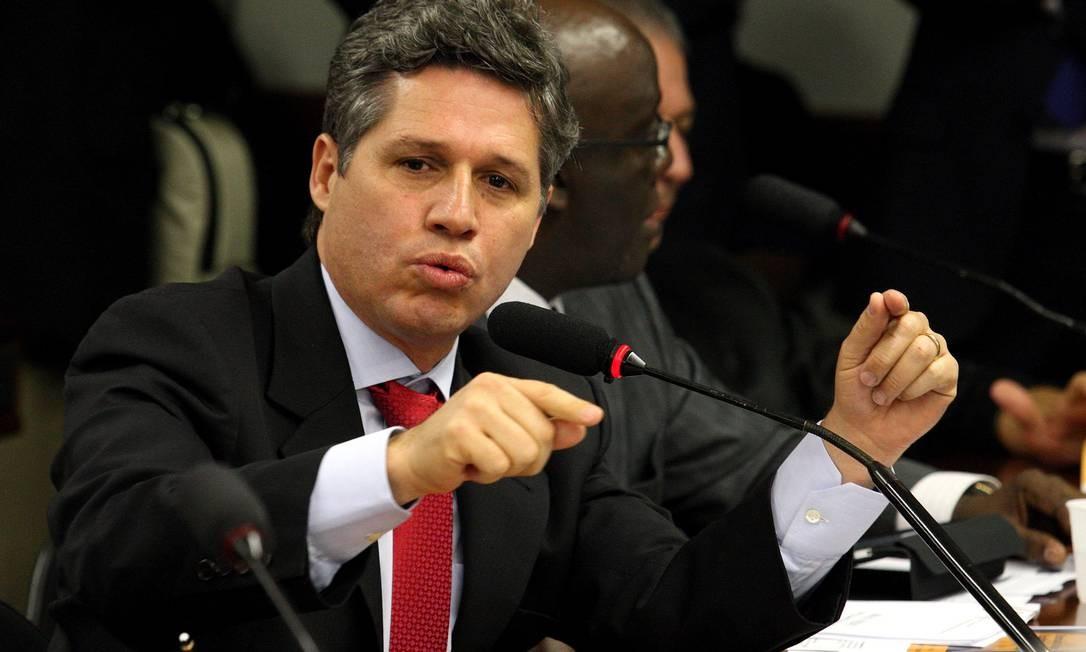 Paulo Teixiera: projeto para descriminalizar as drogas Foto: Ailton de Freitas / Agência O Globo