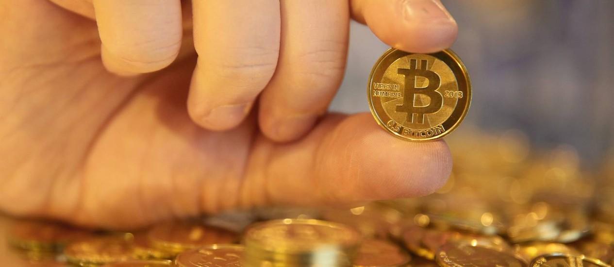Bitcoin é alternativa ao dinheiro fiduciário Foto: Bloomberg News