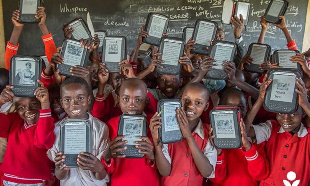 Crianças têm acesso a 440 mil títulos, inclusive em línguas locais Foto: Divulgação