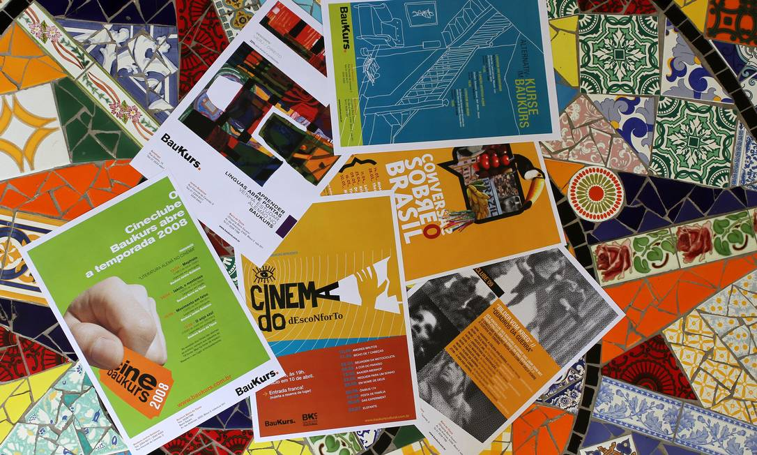 História. Alguns dos posteres de encontros culturais promovidos pelo espaço. Foco na programação visual Foto: Rafael Moraes