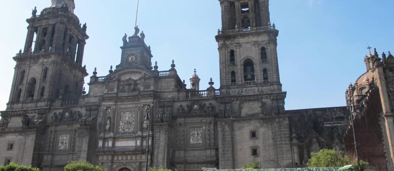 Catedral metropolitana na praça central, Zócalo, Cidade do México Foto: Cristina Massari / O Globo