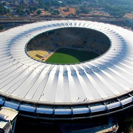 Vista aérea da cobertura do estádio Maracanã, na zona norte do Rio Foto: Genilson Araújo / Agência O Globo