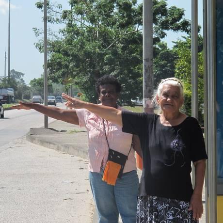RI Rio de Janeiro (RJ) 24/04/2013 Banco de velhinhas - Secretaria Municipal de Transportes conta com ajuda de idosas voluntárias para fiscalizar ônibus que não respeitam o direito à gratuidade. Foto: Renata Leite<252> Foto: Agência O Globo