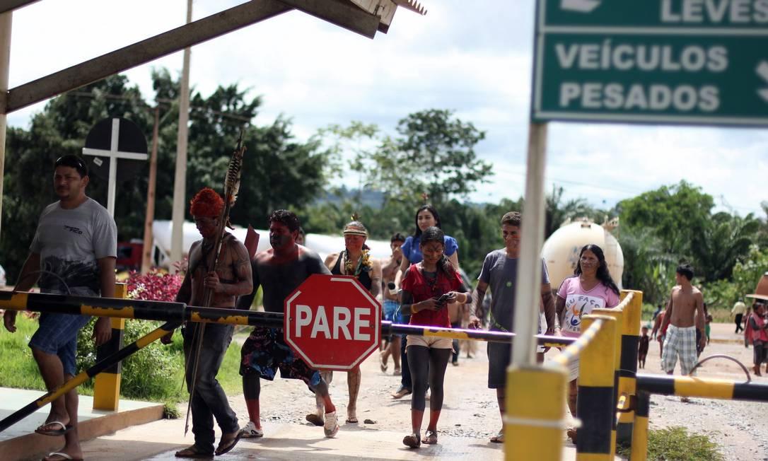 Indígenas ocupam canteiro da usina, na quinta-feira. ONGs veem pouca compensação Foto: Ruy Sposati/Cimi/2-5-2013