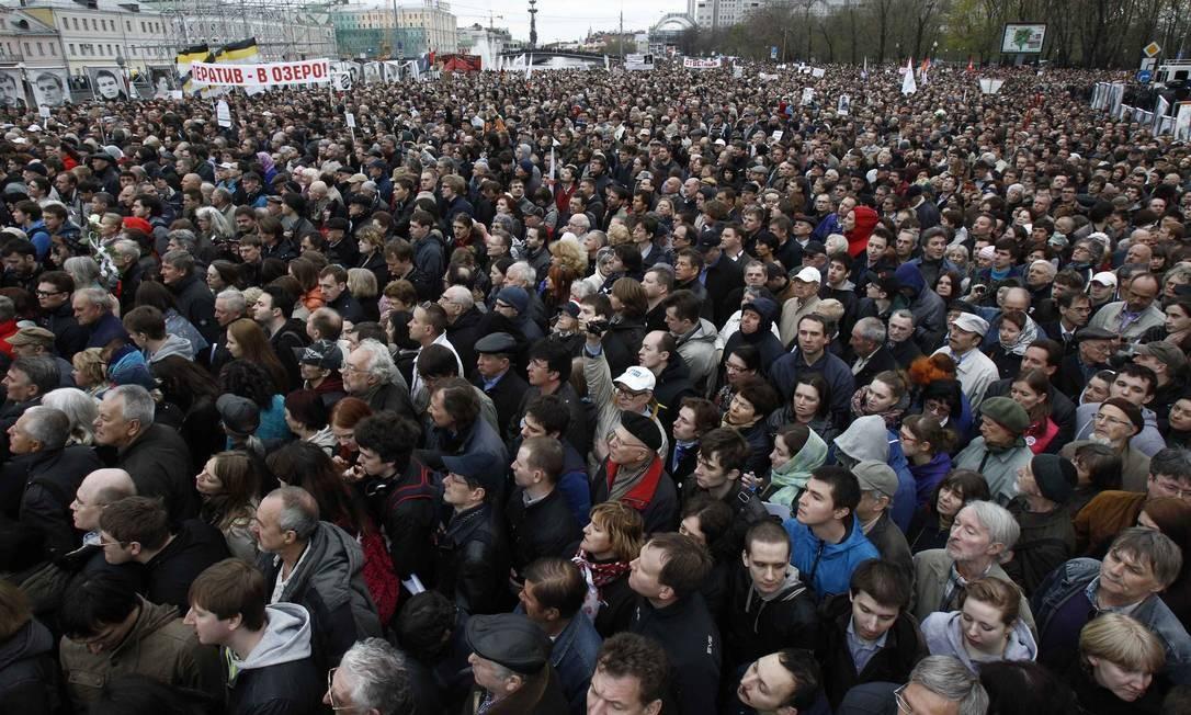 Manifestantes protestam contra Putin em Moscou Foto: SERGEI KARPUKHIN / REUTERS