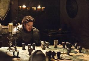 Richard Madden como Robb Stark na série 'Game of Thrones'. Foto: Divulgação