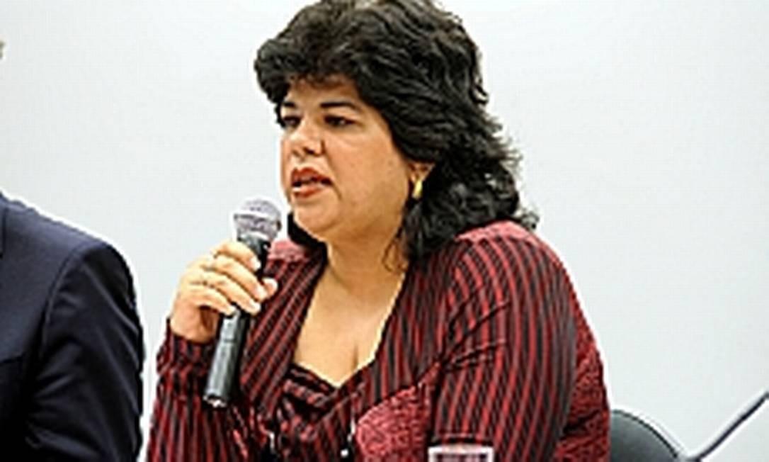 Na Câmara dos Deputados, Gisele Gama disse que excesso de trabalho de corretores ainda causará novos erros no Enem Foto: LUCIO BERNARDO JR